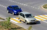 Обгон на пешеходном переходе: штраф или лишение прав?
