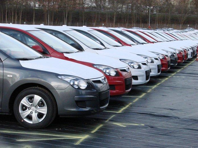 Возможно ли ввезти автомобиль в Россию без растаможки
